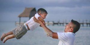 papà e figlio mare1